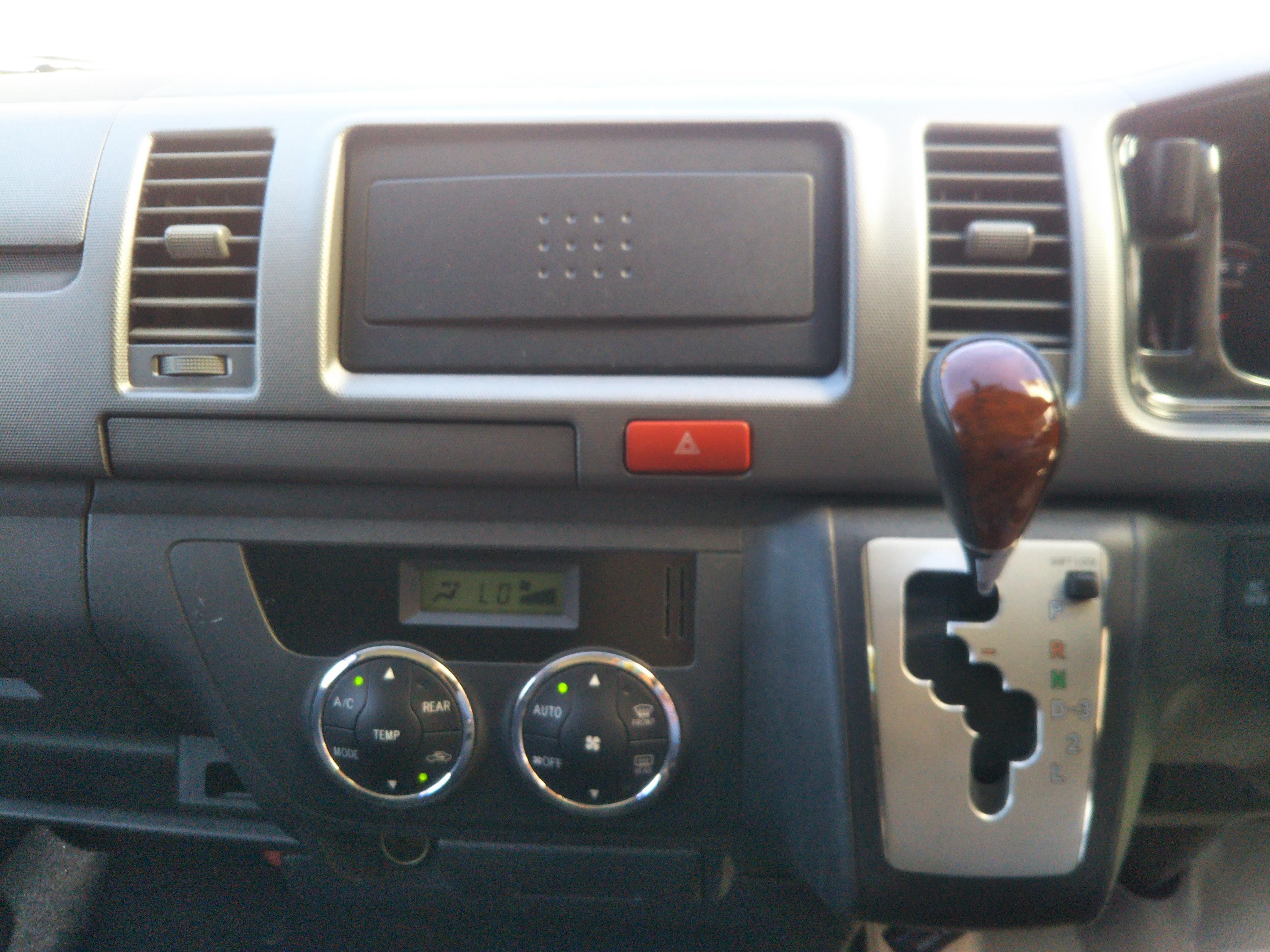 トヨタハイエースバンⅢ型 5ドアロングスーパーGLの車両写真 その10
