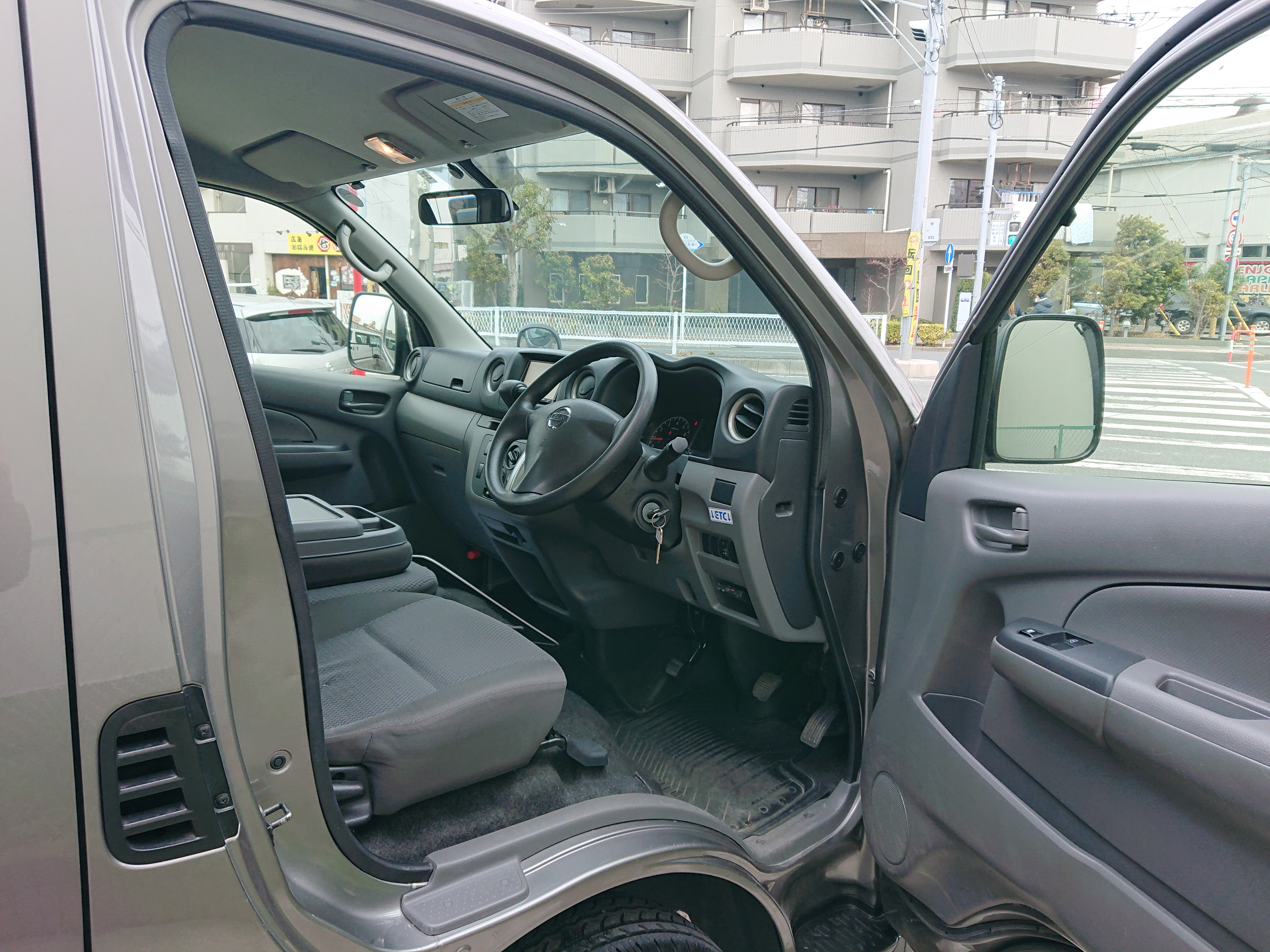 日産NV350キャラバン ロングDXの車両写真 その4