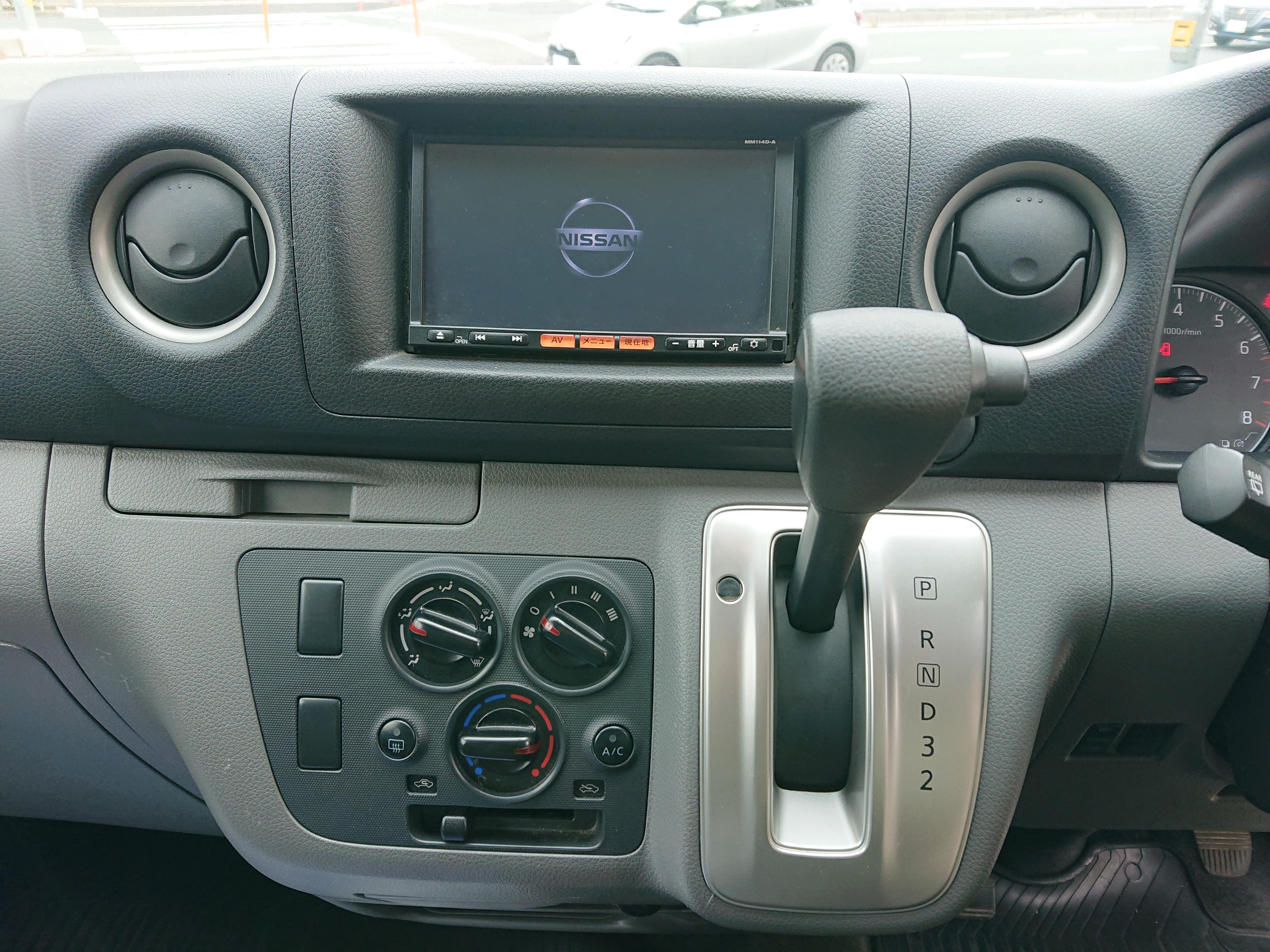 日産NV350キャラバン ロングDXの車両写真 その6