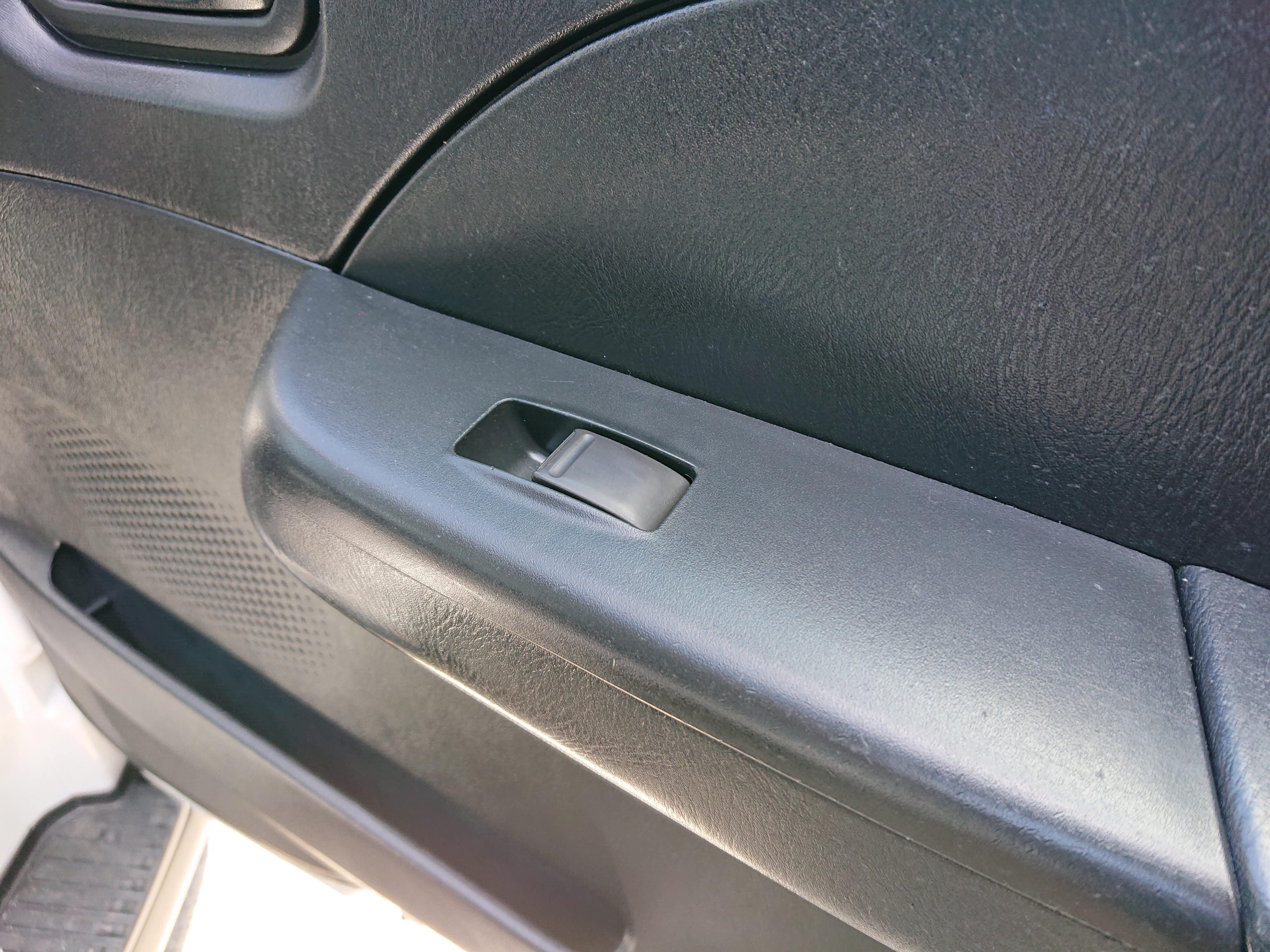 日産キャラバン 5ドアロング平床DXの車両写真 その6