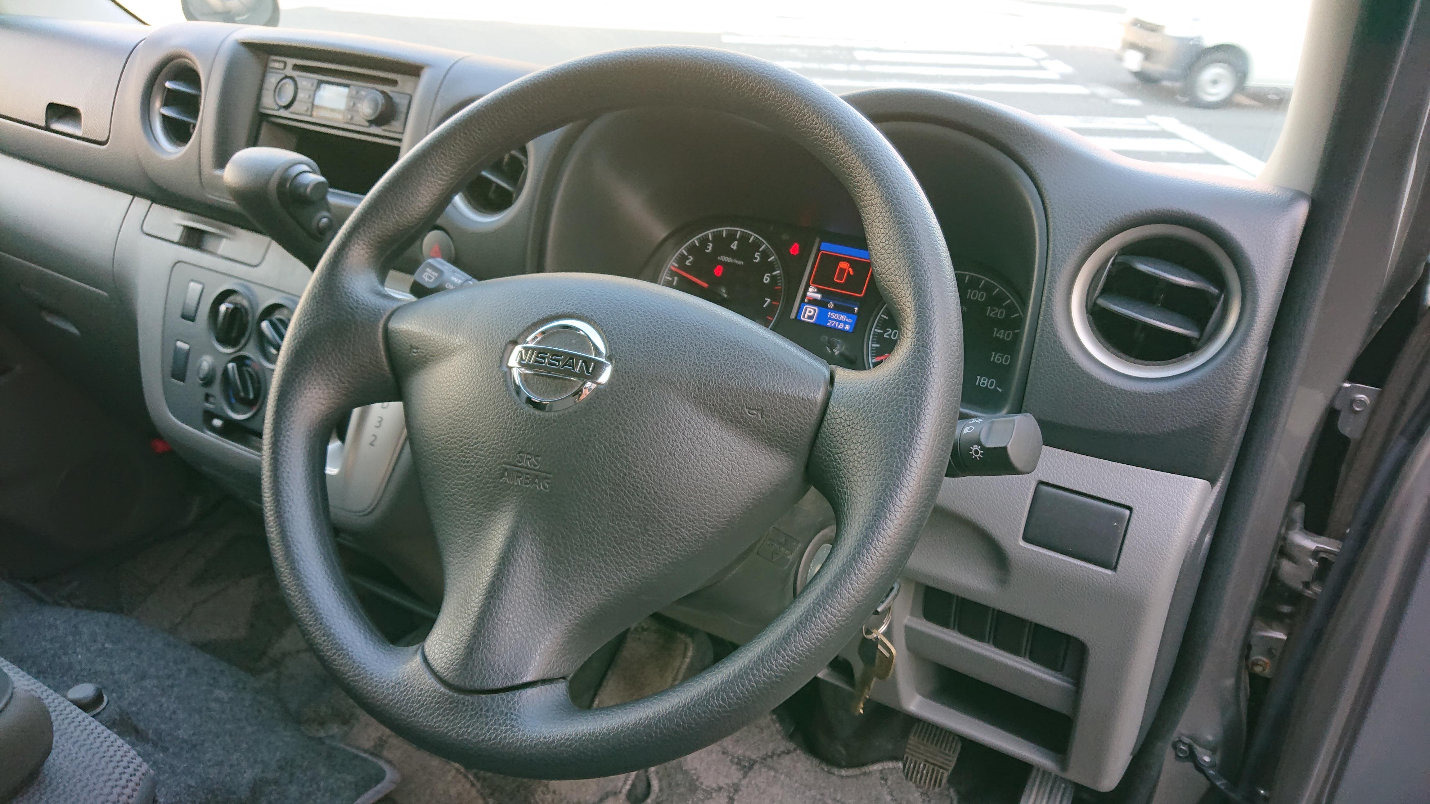 日産NV350 5ドアロングDXの車両写真 その7